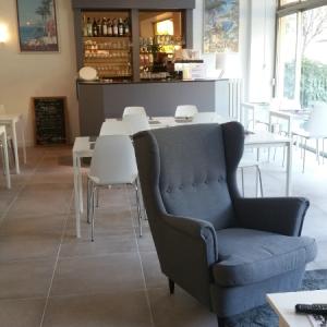 Restaurant à Menton refait à neuf